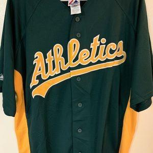 Men's large Oakland Athletics jersey